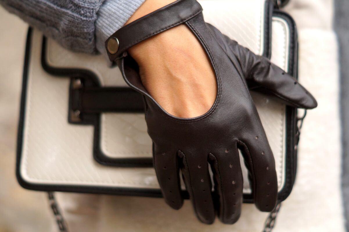 Damskie rękawiczki całuski