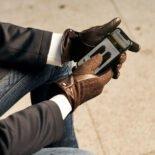 Tweedowe brązowe rękawiczki męskie