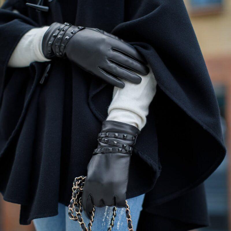 Rękawiczki z ćwiekami dla kobiet